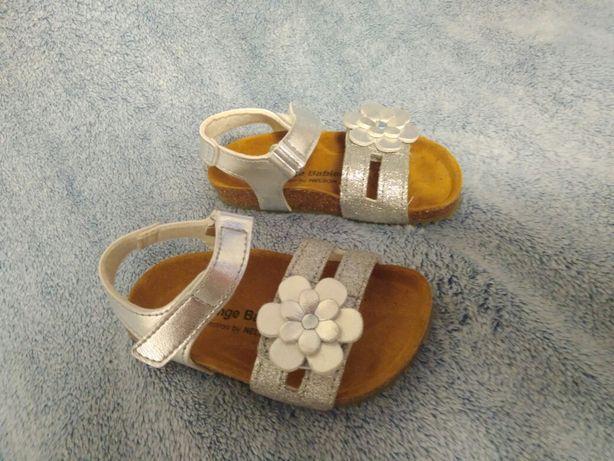 Босоножки новые летняя обувь для девочки 14.5 см