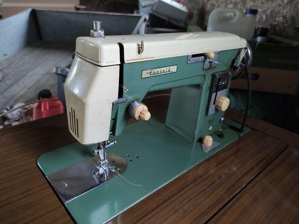 Maszyna Łucznik (szafkowa) stara, na części