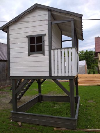 domek dla dzieci - plac zabaw