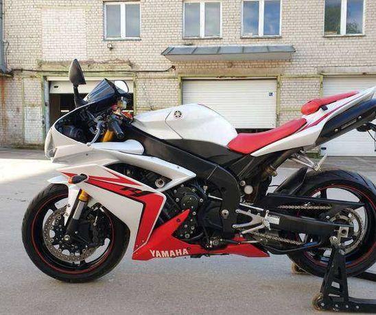 Yamaha R1 1000 2007