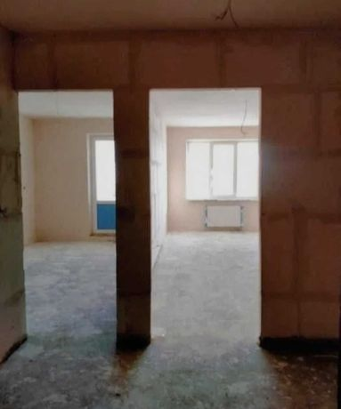 Продам однокомнатную квартиру в центре города Броваров