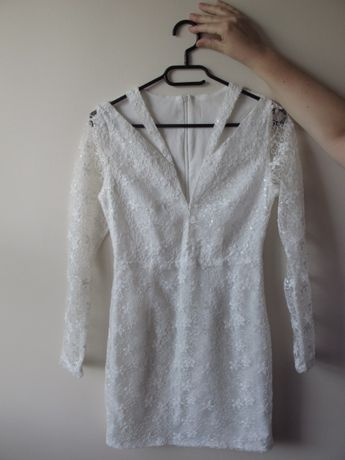 biała sukienka z długim rękawem s cekiny mini