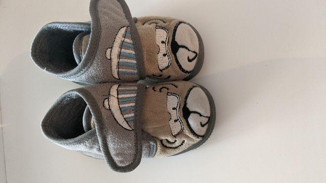 Взуття дитяче пінетки тапочки пиньетки 18 розмір