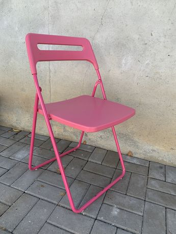 Cadeira rosa Ikea