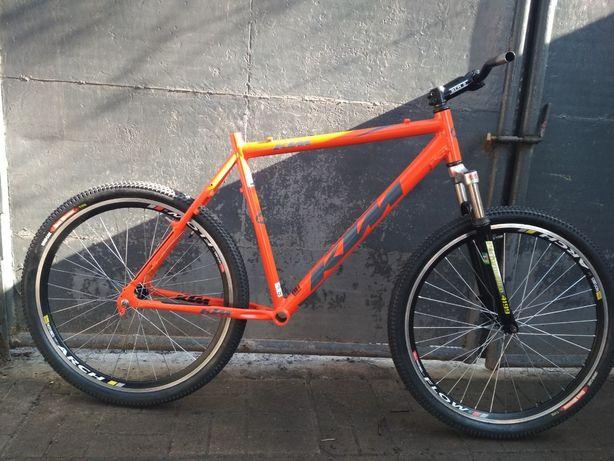Наклейки на раму спортивных велосипеда giant,ktm,merida,trek,fox,scott