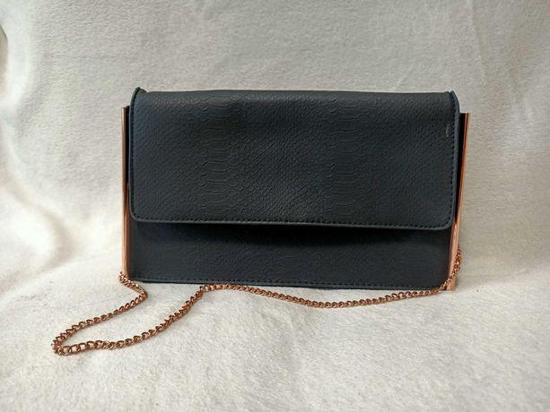 Чорна дамська сумочка, чорна сумка