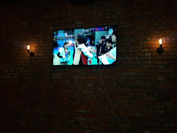 Telewizor MANTA LED65LUA58L smartTV 65 CALI 150 W + uchwyt ścienny