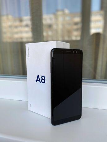 Samsung A8 (32GB)+MicroSD{64GB}