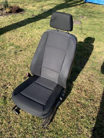 Fotel kierowcy BMW 1 E87