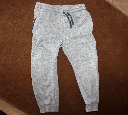 Штаны спортивные серые на мальчика 3-4-5 лет