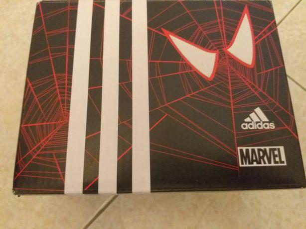 Tenis Adidas  do Homem Aranha