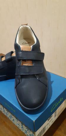 Clark's кожанные 32р,туфли ,кроссовки, макасины