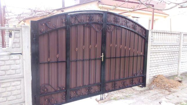 Ворота ковка + профнастил (калитка внутри) 47500 РУБ