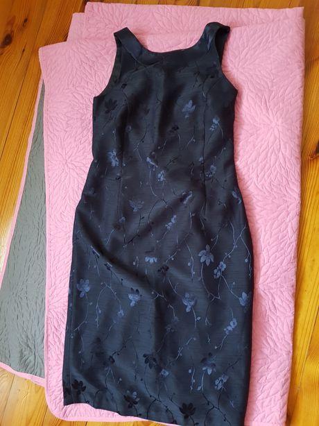 Eleganckie sukienki M; wyprzedaż szafy