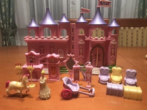 Zamek różowy księżniczki dużo elementów