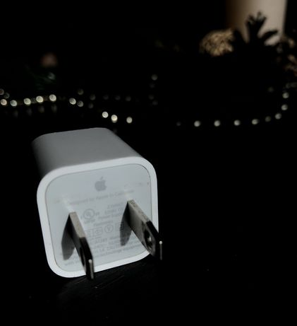 Зарядный блок Apple 
