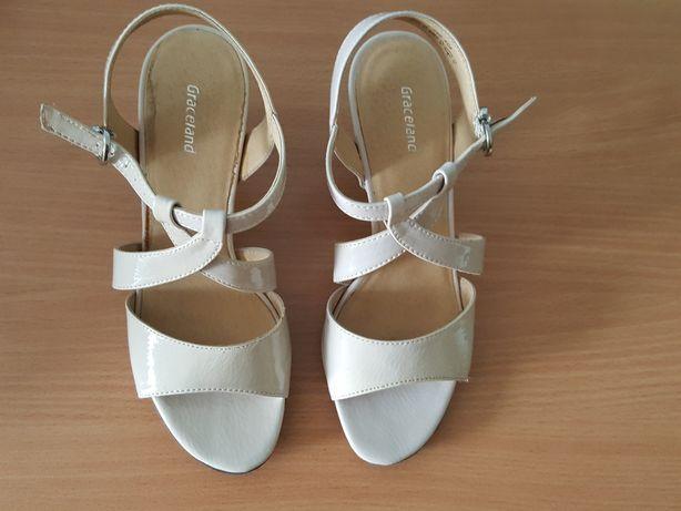 SANDAŁKI, sandały na obcasie kolor nude, beż, rozmiar 38, buty na lato