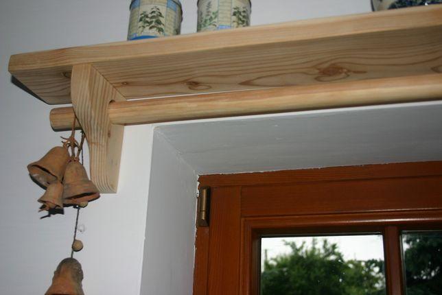 Karnisz drewniany z półką ludowy wiejski na wymiar