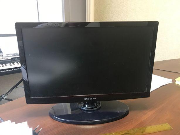 Продам телевизор Самсунг. 19 дюймов. Телевизор LED Samsung UE19H4000