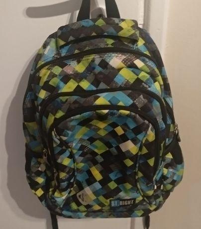 Plecak szkolny kolorowy