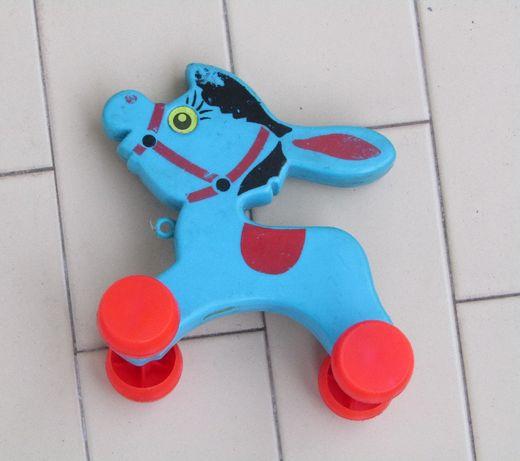 Antigo brinquedo Português