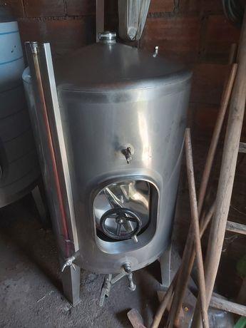 Cubas em Inox de 300 e 550 litros