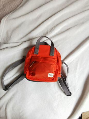 Pomarańczowy plecaczek ROKA