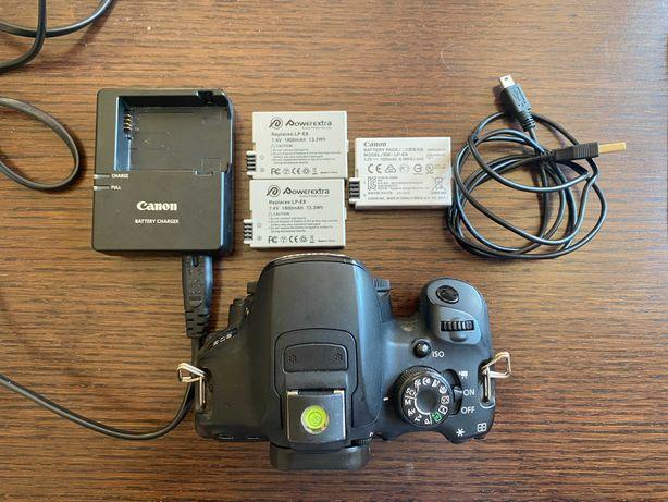 Canon EOS 700D - bem estado