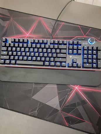 Klawiatura gamingowa rx85 Ledy białe i brązowe switche mało używana