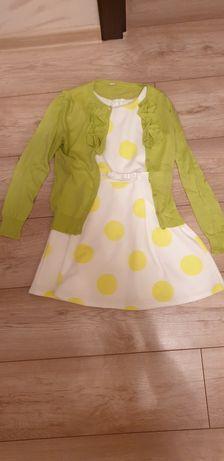 Sukienka wraz ze sweterkiem w rozmiarze 122