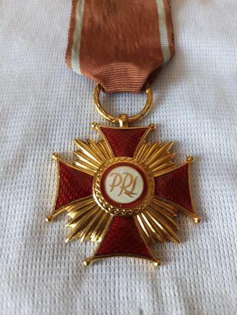 Złoty krzyż zasługi, odznaczania, PRL