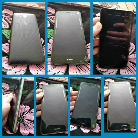 Huawei y6 в хорошому стані