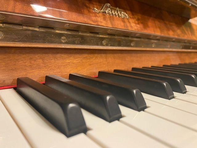 Sprzedam pianino Sauter