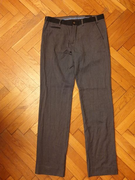 Spodnie męskie szare Reserved regular fit rozmiar 50 / M