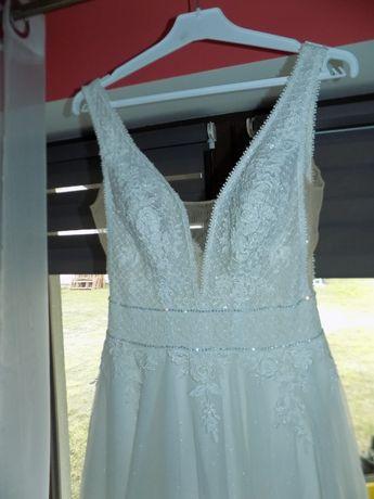 "Suknia ślubna model ""Alice"" z kolekcji 2020"