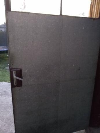 Drzwi garażowe, brama