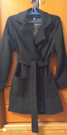 Продам весняне пальто