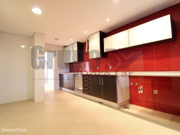 Apartamento T3 - Coina