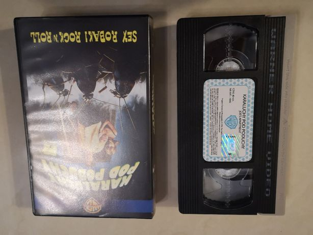 Karaluchy pod poduchy - VHS kaseta video