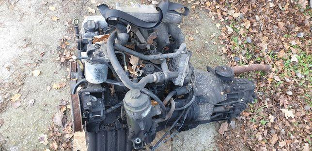 Komplety silnik Mercedes Sprinter 2.3 Diesel