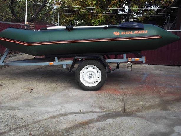Лодка /  колібрі 330 з прицепом