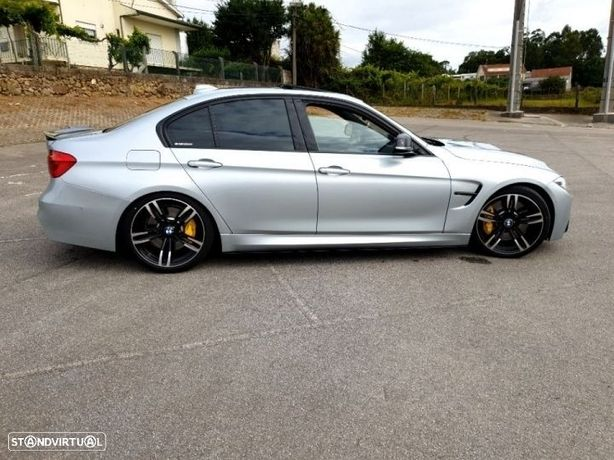 BMW 330 i Pack M Auto