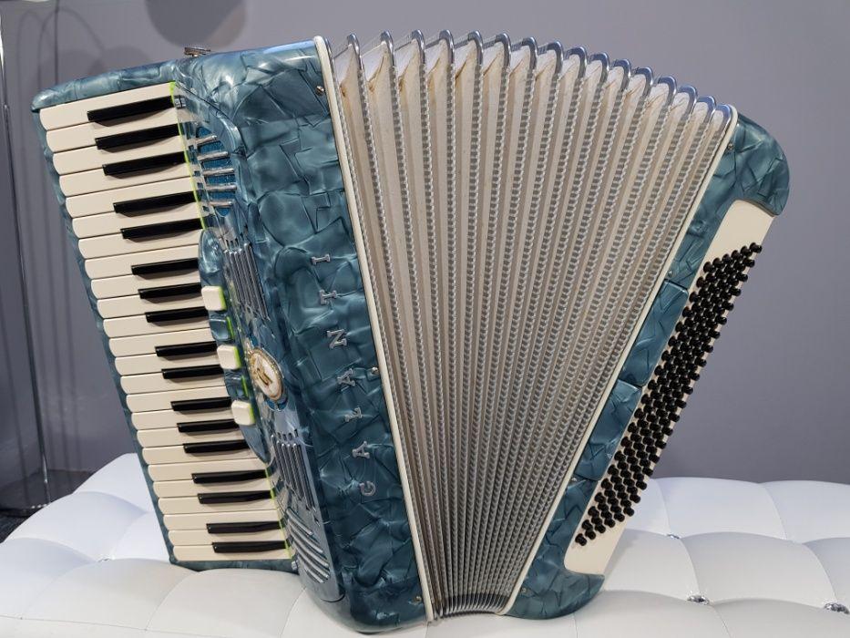 Akordeon GALANTI włoski, 4 chóry, 120 basów, musette pięknie brzmi