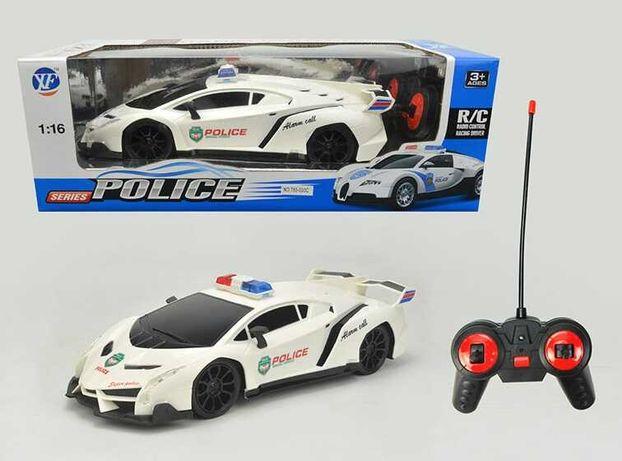 Полицейская машинка на радиоуправлении