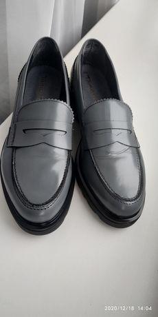 Жіночі туфлі,шкіра,Tamaris,Германія,38 розмір,кожа,женская обувь