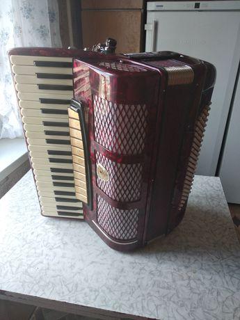 Немецкий концертный аккордеон Siletta