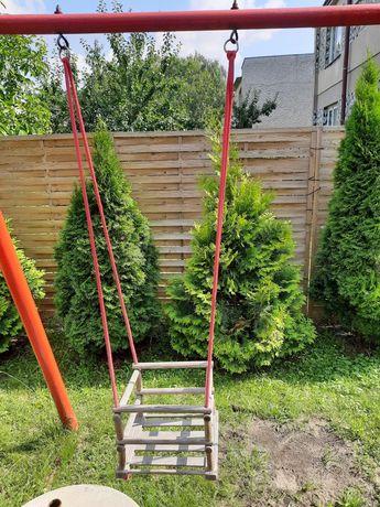 Huśtawka drewniana do domu lub ogrodu