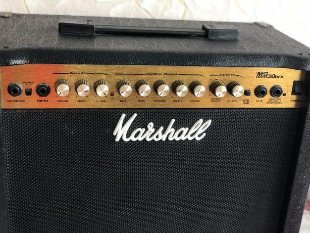 Усилитель  гитарный транзисторный, комбо Marshall