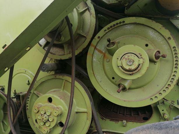 Elektrozawory, sieczkarnia, wariator MdW 524 Fortschritt Kabina, silni