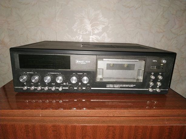 Магнитофон кассетный Маяк-233